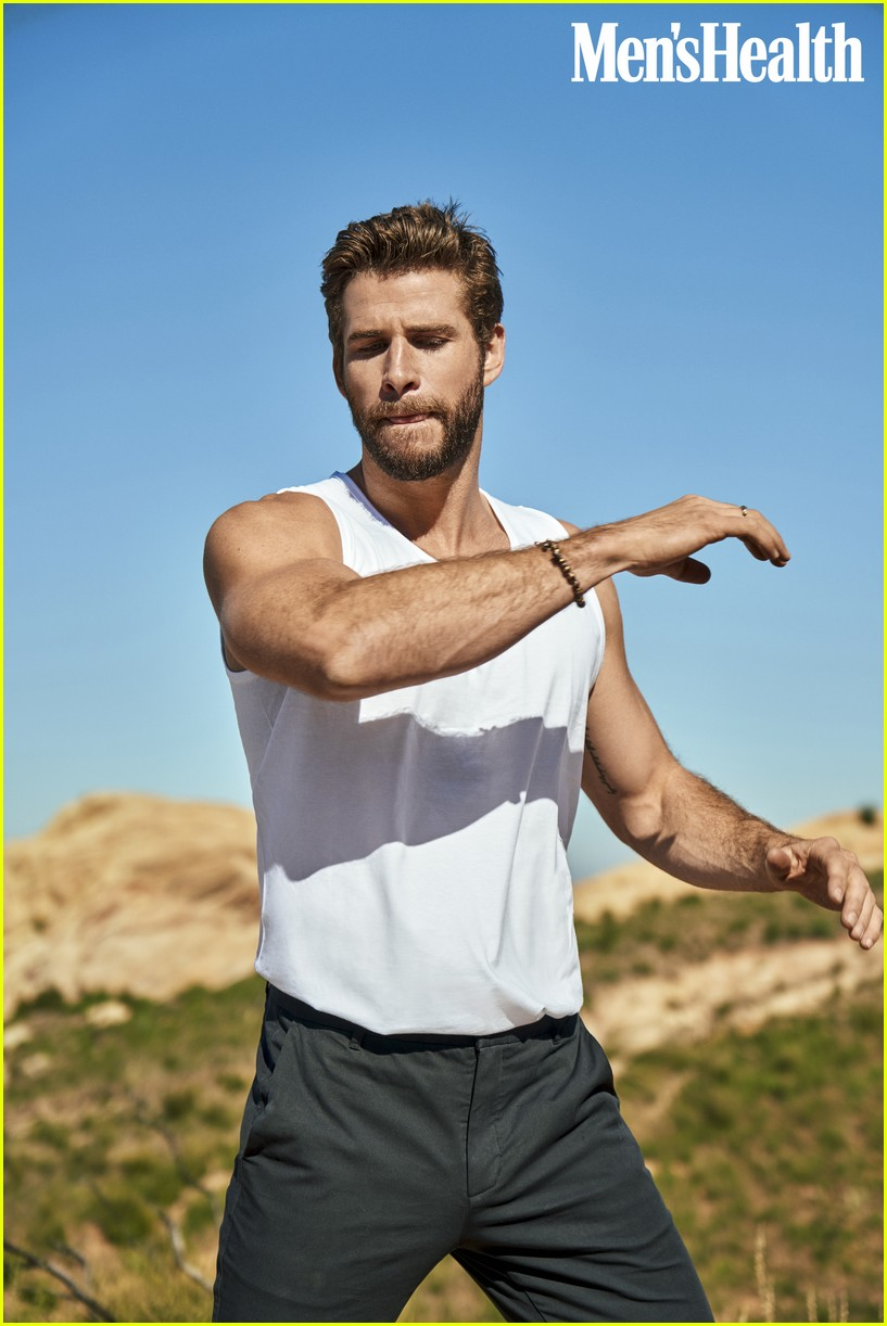 liam hemsworth mens health 034453929
