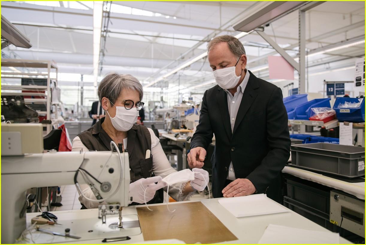 louis vuitton masks quarantine april 2020 054453338