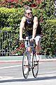 chris pine annabelle wallis bike ride 09