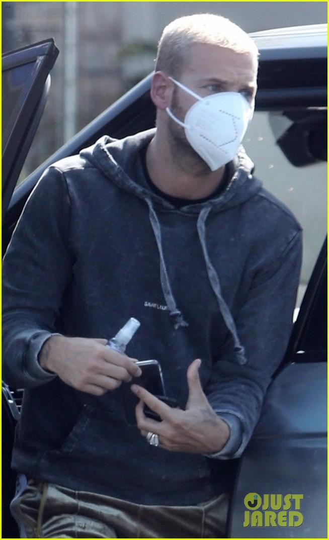 christina milian matt pokora wear masks while running errands 024452670