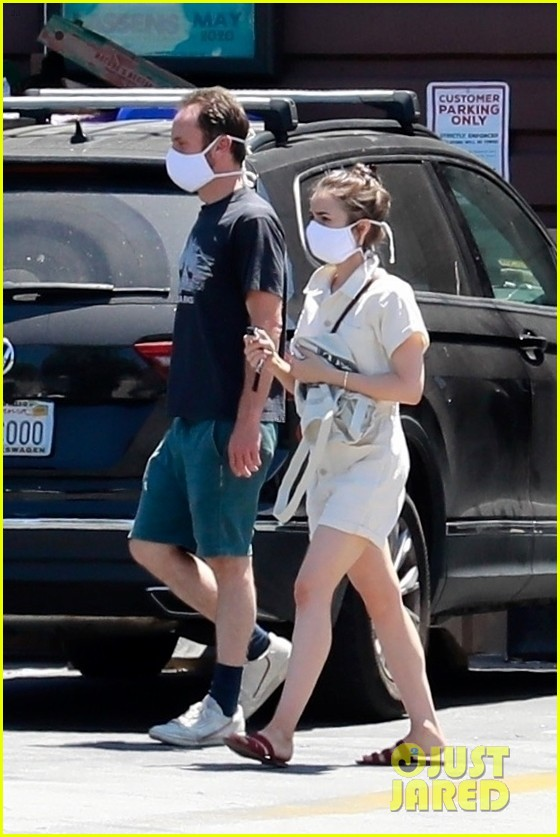 lily collins charlie mcdowell may 2020 014458064