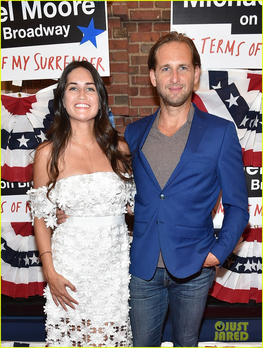 josh lucas ex wife accuses him of cheating 074461412