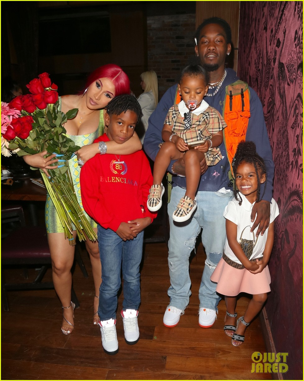 Cardi B Offset S Daughter Kulture Photo Bombed Their Father S