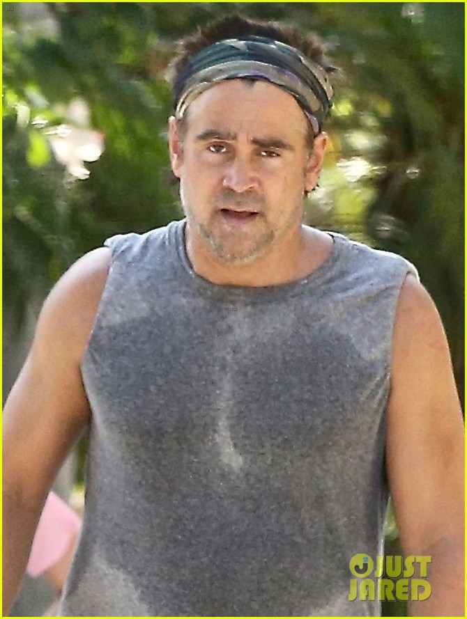 colin farrell works up a sweat on walk with sister claudine 024461880