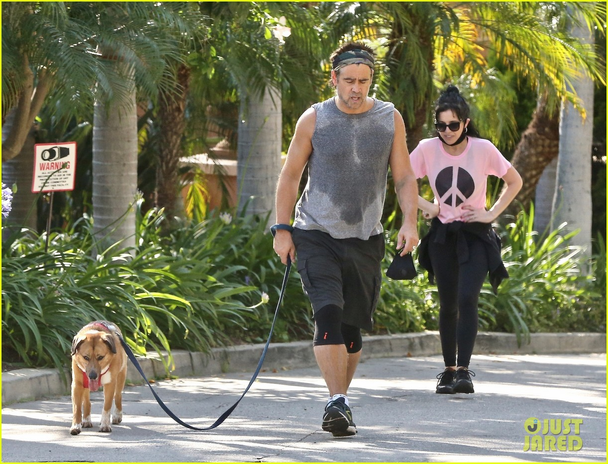 colin farrell works up a sweat on walk with sister claudine 034461881