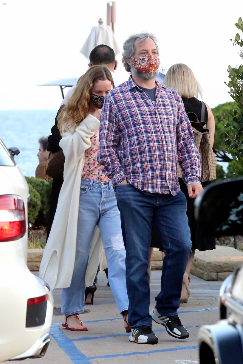 judd apatow 40year old virgin kelly clarkson question answered 024463877