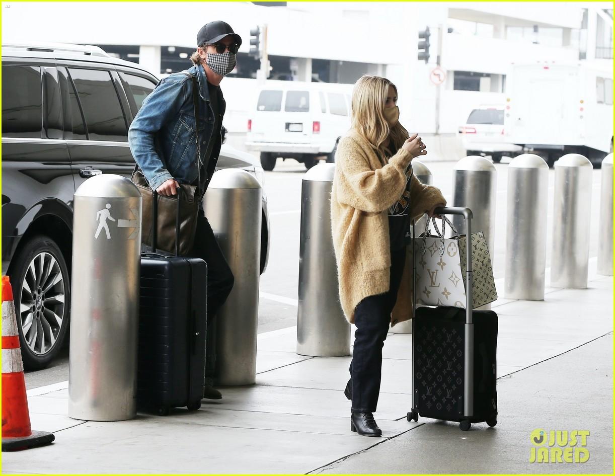 emma roberts garrett hedlund airport after pregnancy news 264465607