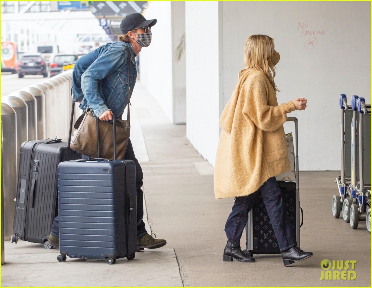 emma roberts garrett hedlund airport after pregnancy news 474465628