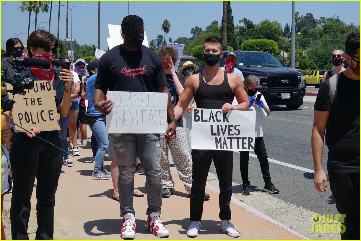 ryan russell corey obrien black lives matter protest 014461884