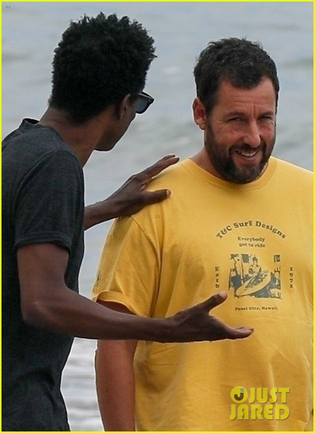 adam sandler meets up with chris rock walk on the beach 044464004