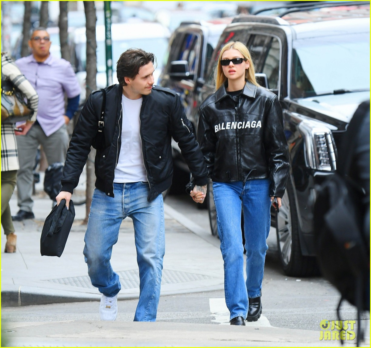 Brooklyn Beckham Is Engaged To Actress Nicola Peltz Photo 4468578 Brooklyn Beckham Nicola Peltz Pictures Just Jared