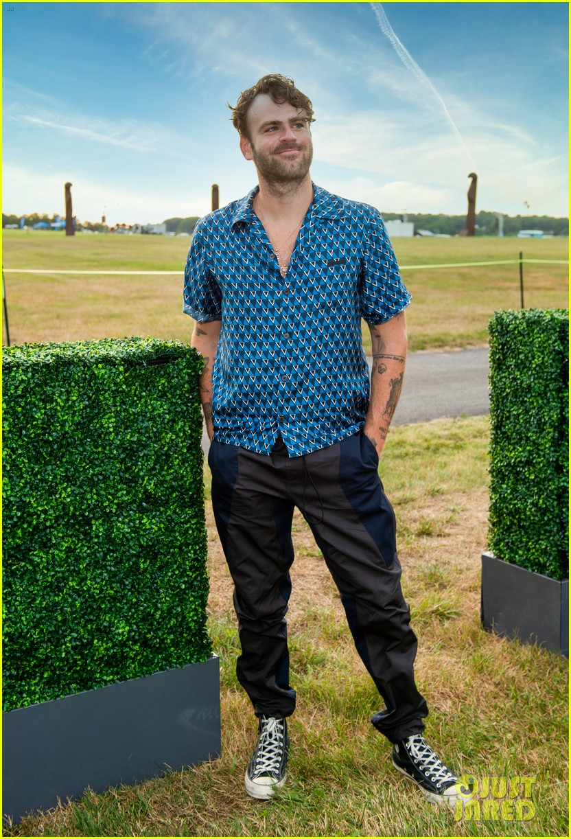 the chainsmokers drive in concert hamptons 174472197