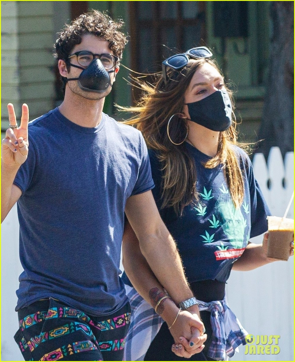 darren criss wife mia hold hands coffee run 044468372