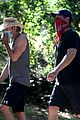 dax shepard reunites with parenthood peter krause afternoon hike 03