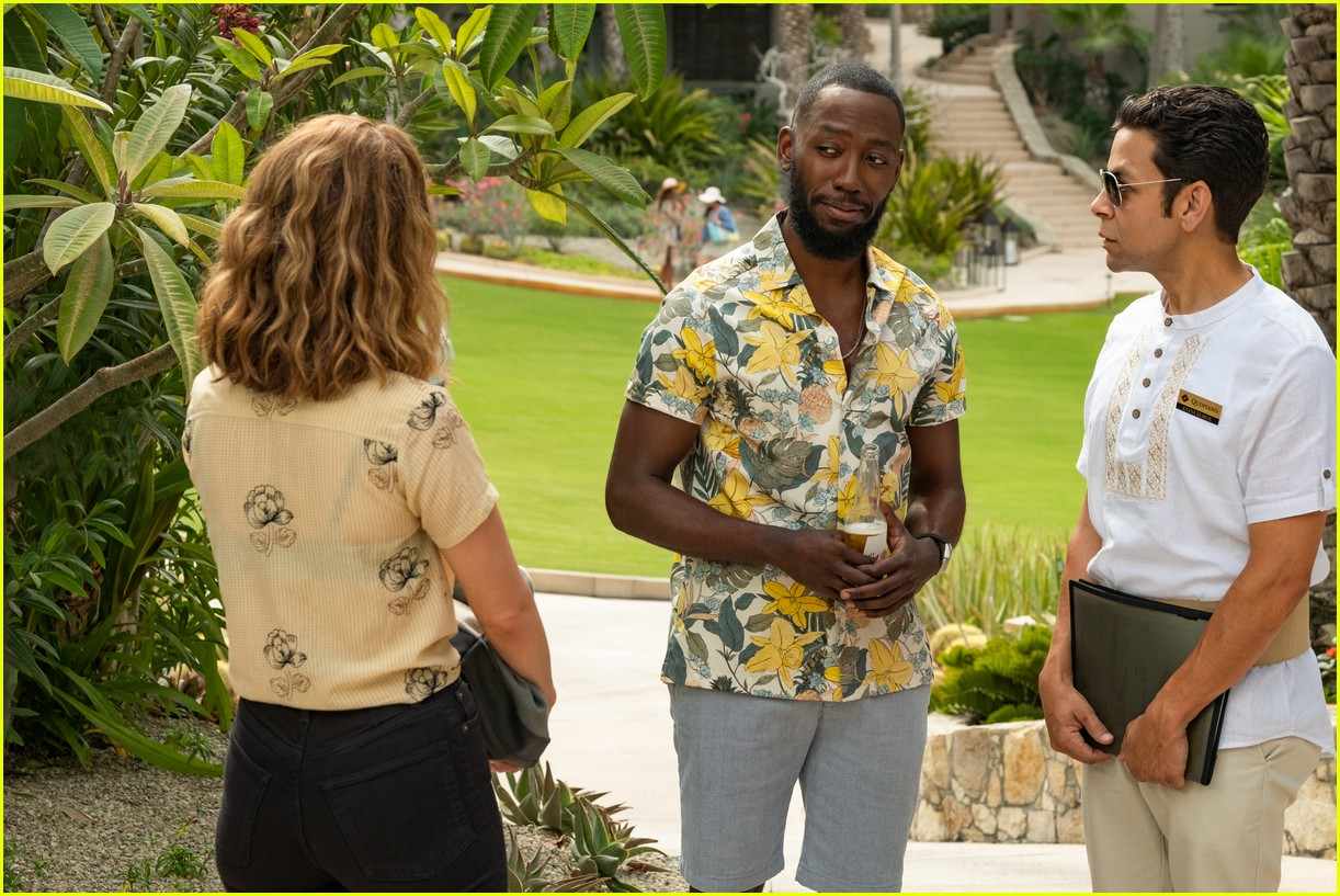 The Stars Of Netflix S Desperados Have Played A Couple Before Photo 4467680 Lamorne Morris Nasim Pedrad Netflix Pictures Just Jared