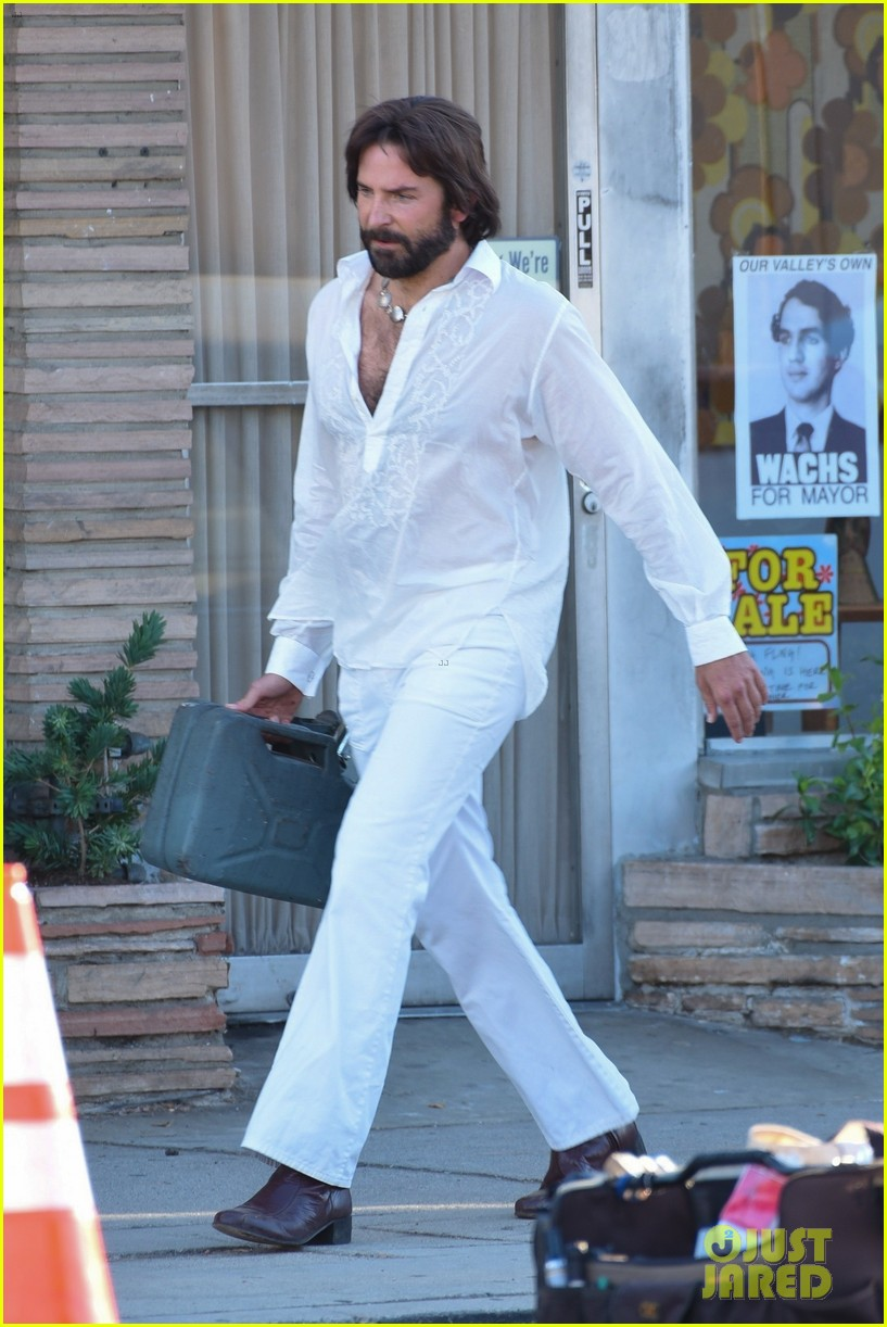 bradley cooper straight out of 70s set of new movie 034478913