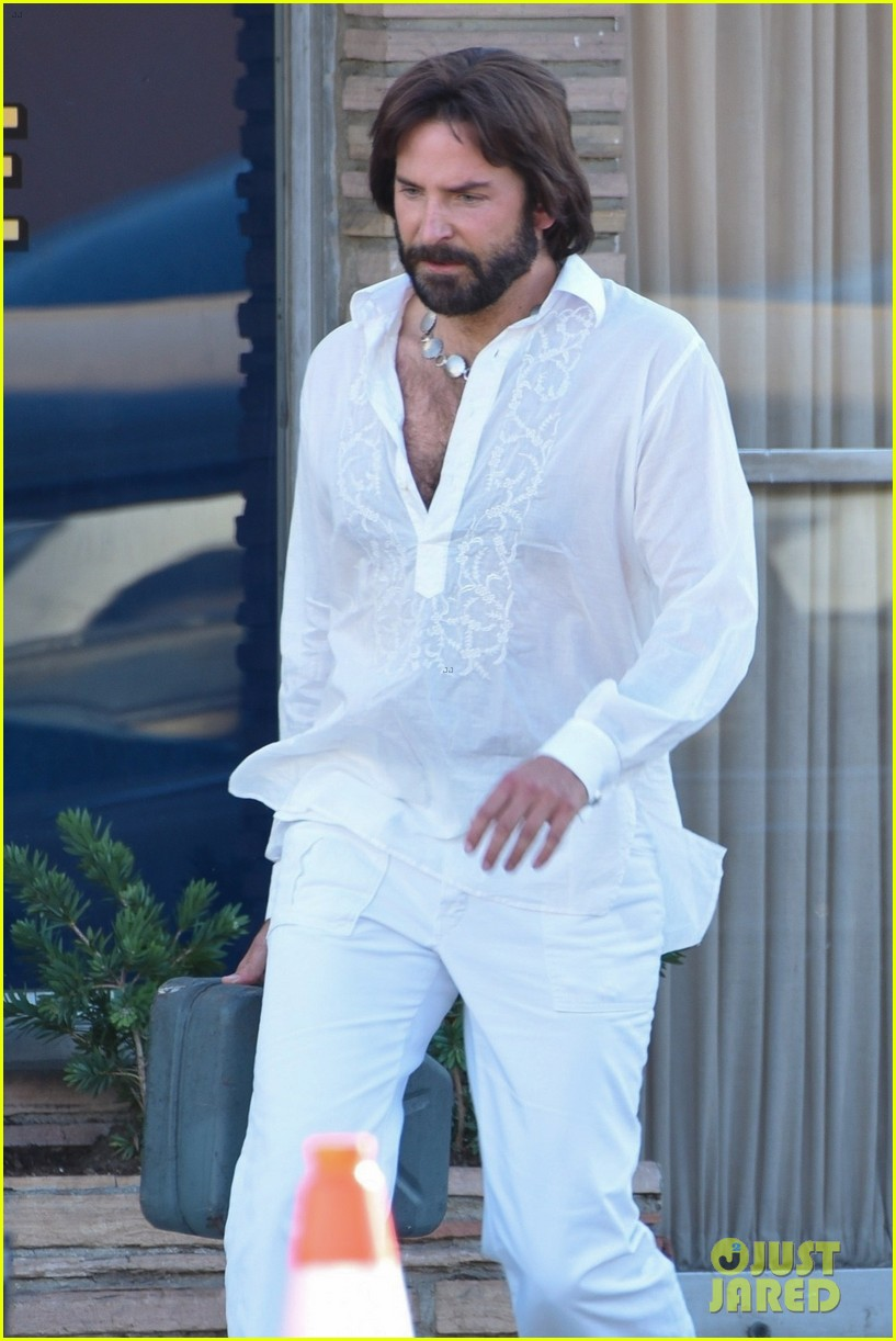 bradley cooper straight out of 70s set of new movie 054478915