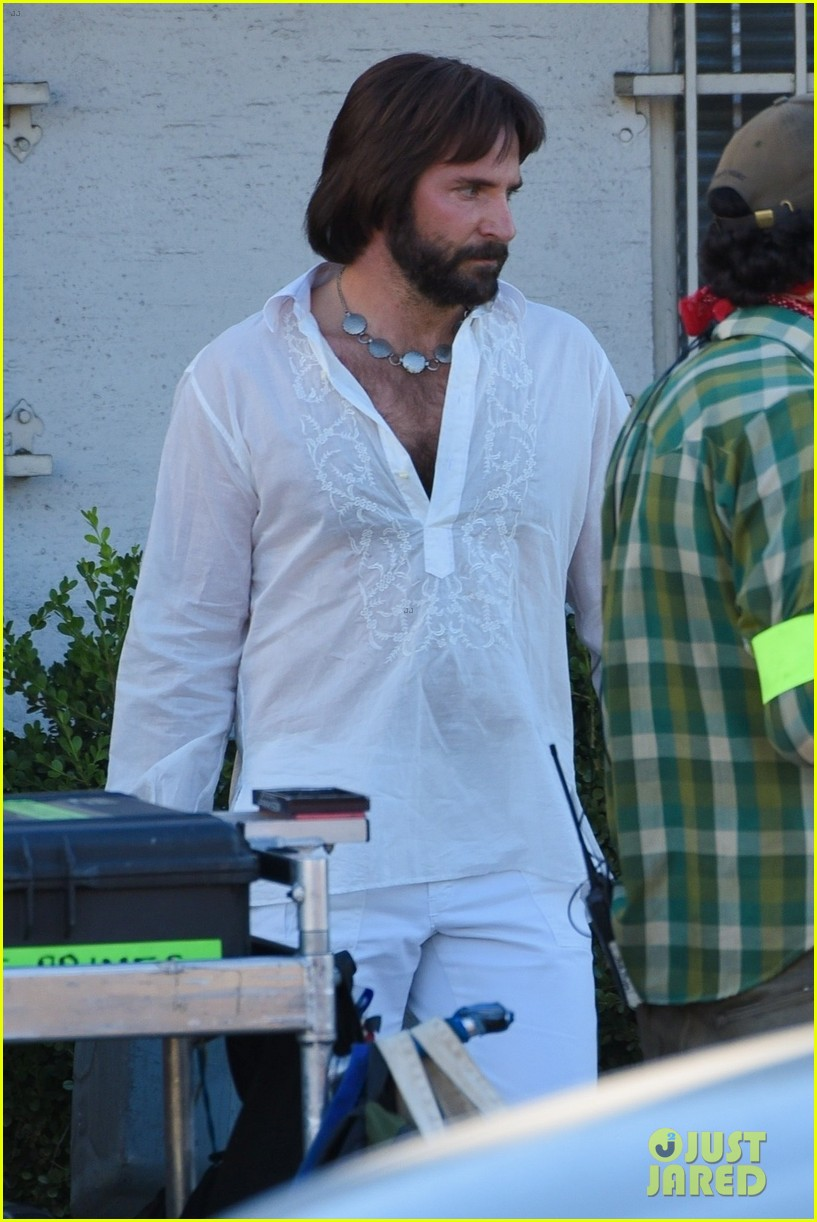 bradley cooper straight out of 70s set of new movie 124478922