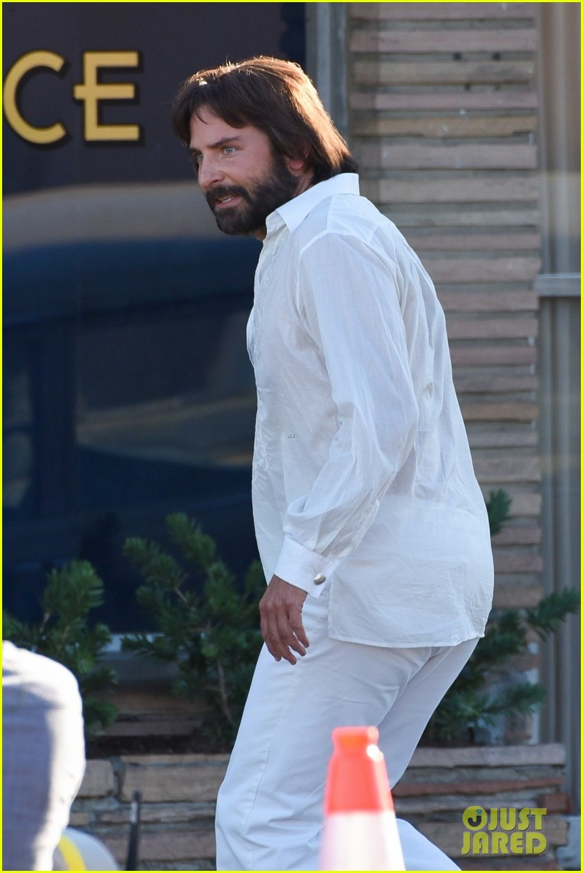 bradley cooper straight out of 70s set of new movie 144478924