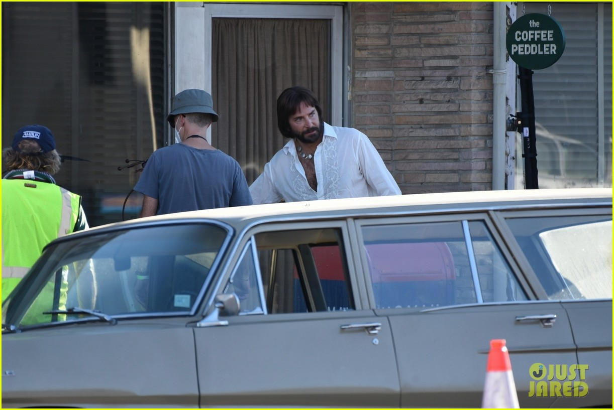 bradley cooper straight out of 70s set of new movie 314478941