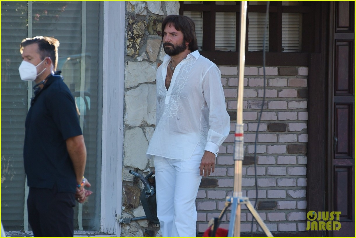 bradley cooper straight out of 70s set of new movie 384478948