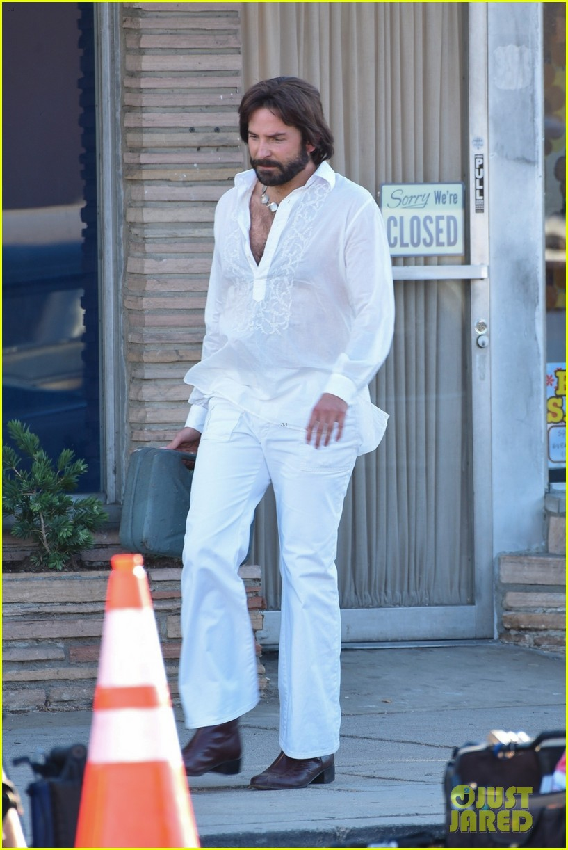 bradley cooper straight out of 70s set of new movie 414478951