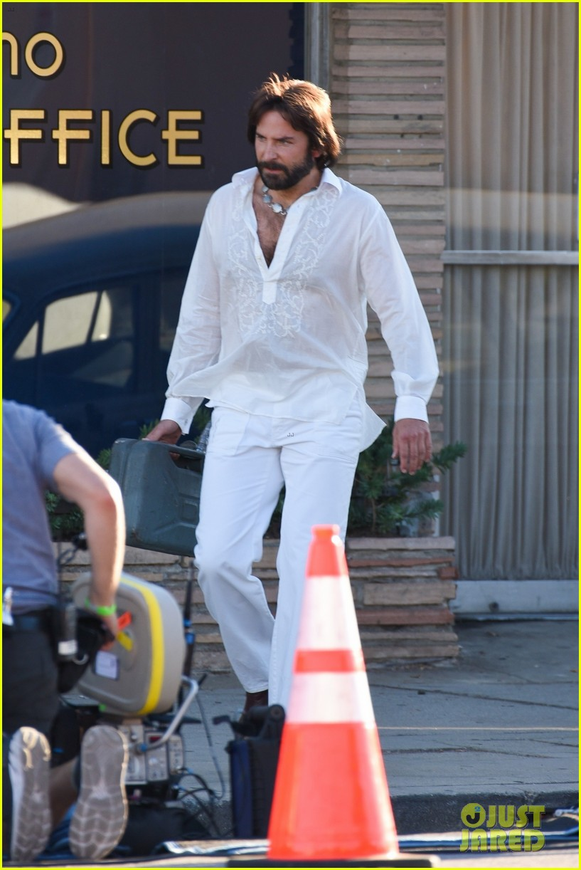 bradley cooper straight out of 70s set of new movie 424478952