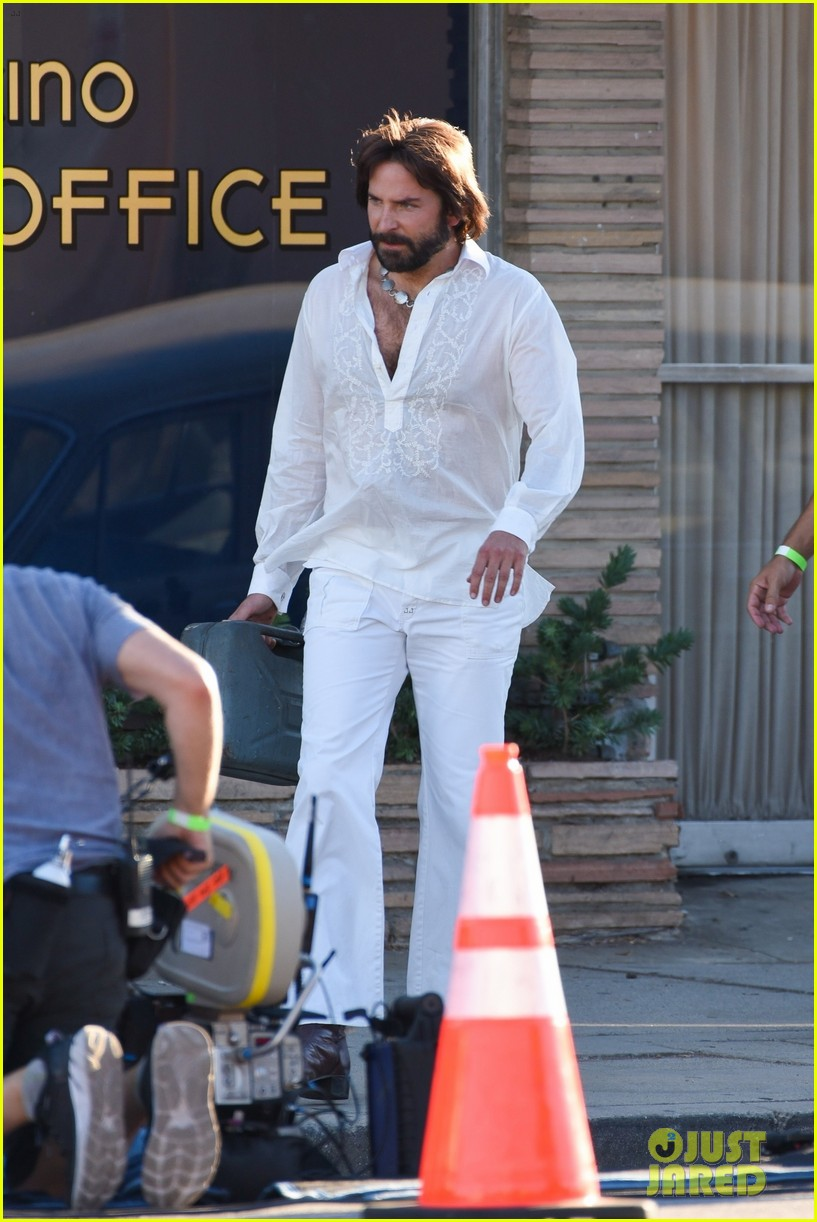 bradley cooper straight out of 70s set of new movie 434478953
