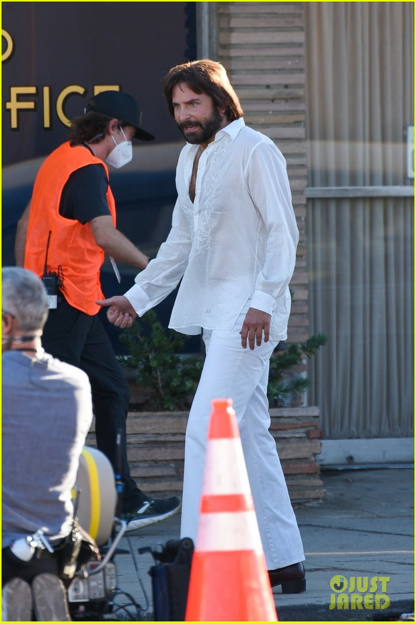 bradley cooper straight out of 70s set of new movie 474478957