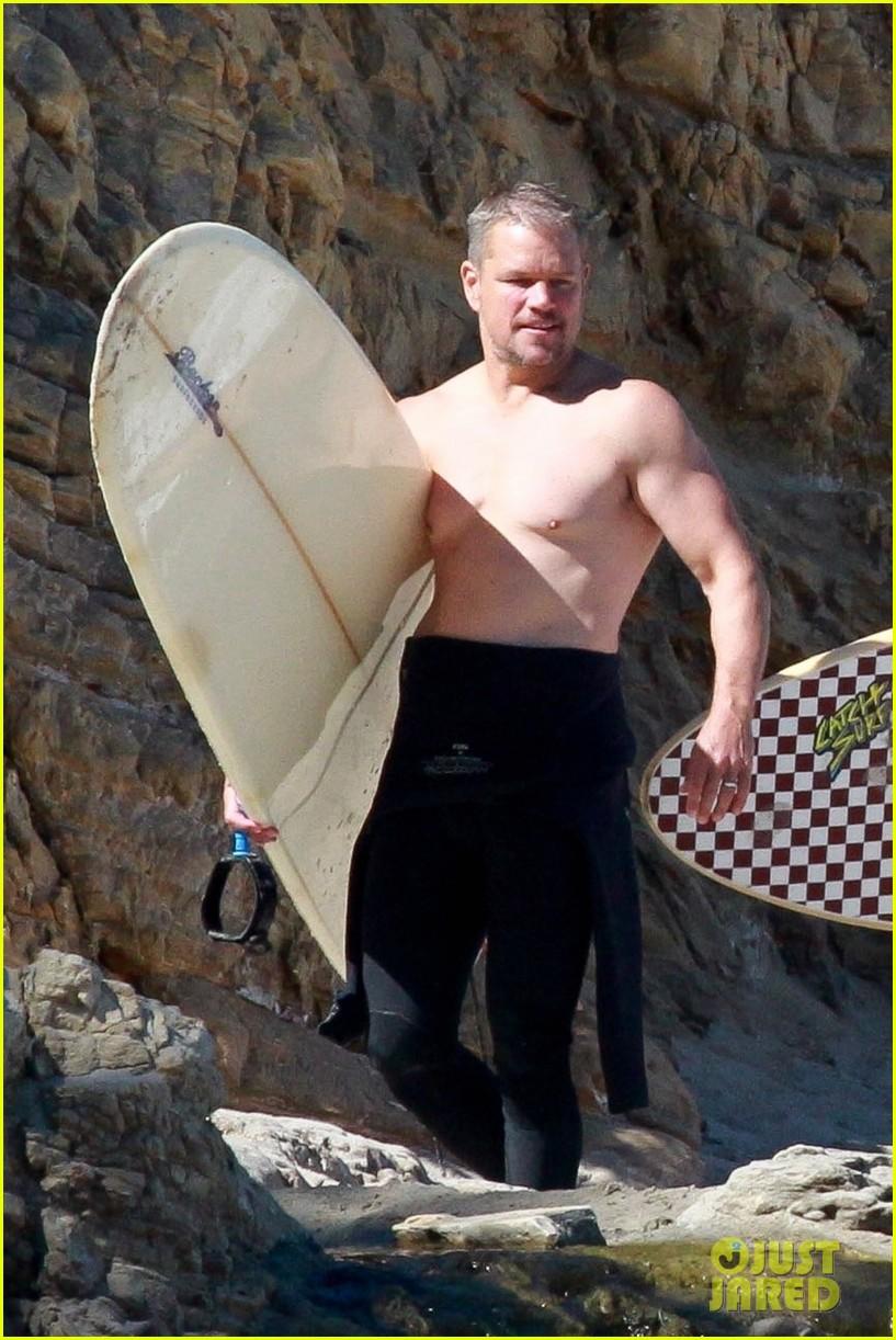 matt damon shirtless beach day 044474837