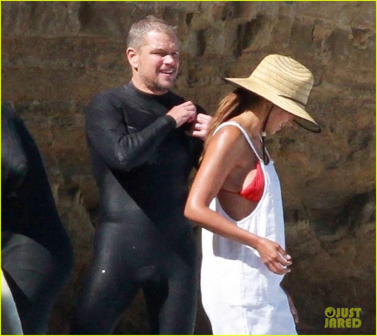 matt damon shirtless beach day 054474838
