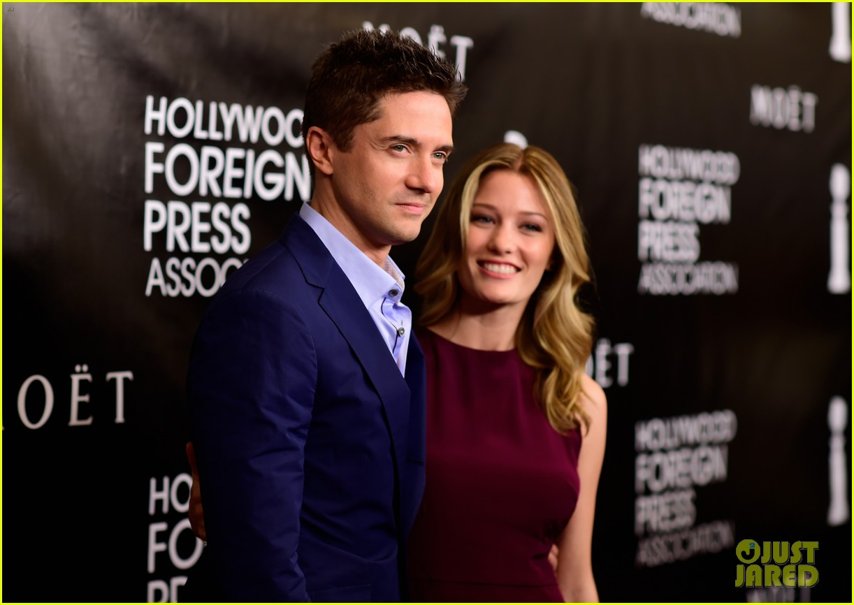 topher grace ashley hinshaw welcome second child 064472928