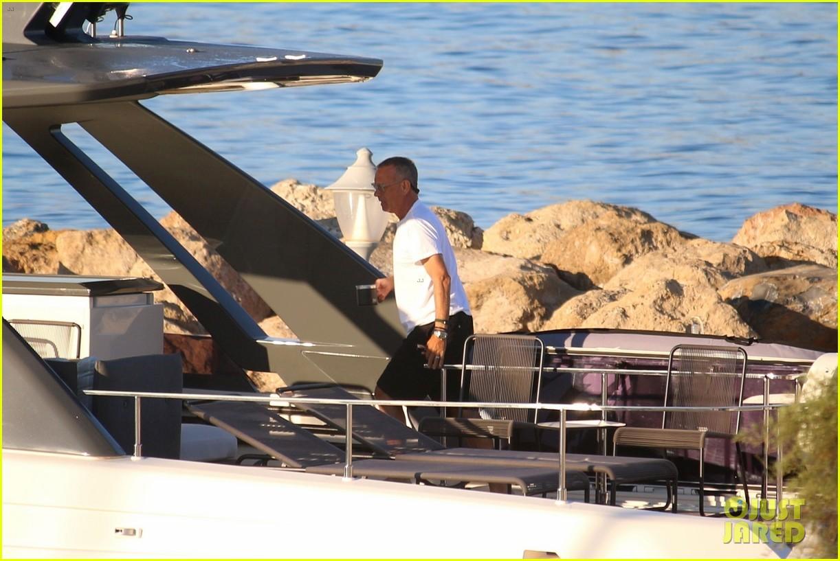 tom hanks rita wilson on a yacht in greece 014473029
