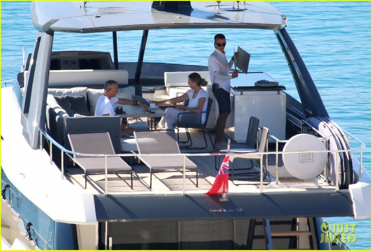 tom hanks rita wilson on a yacht in greece 034473031