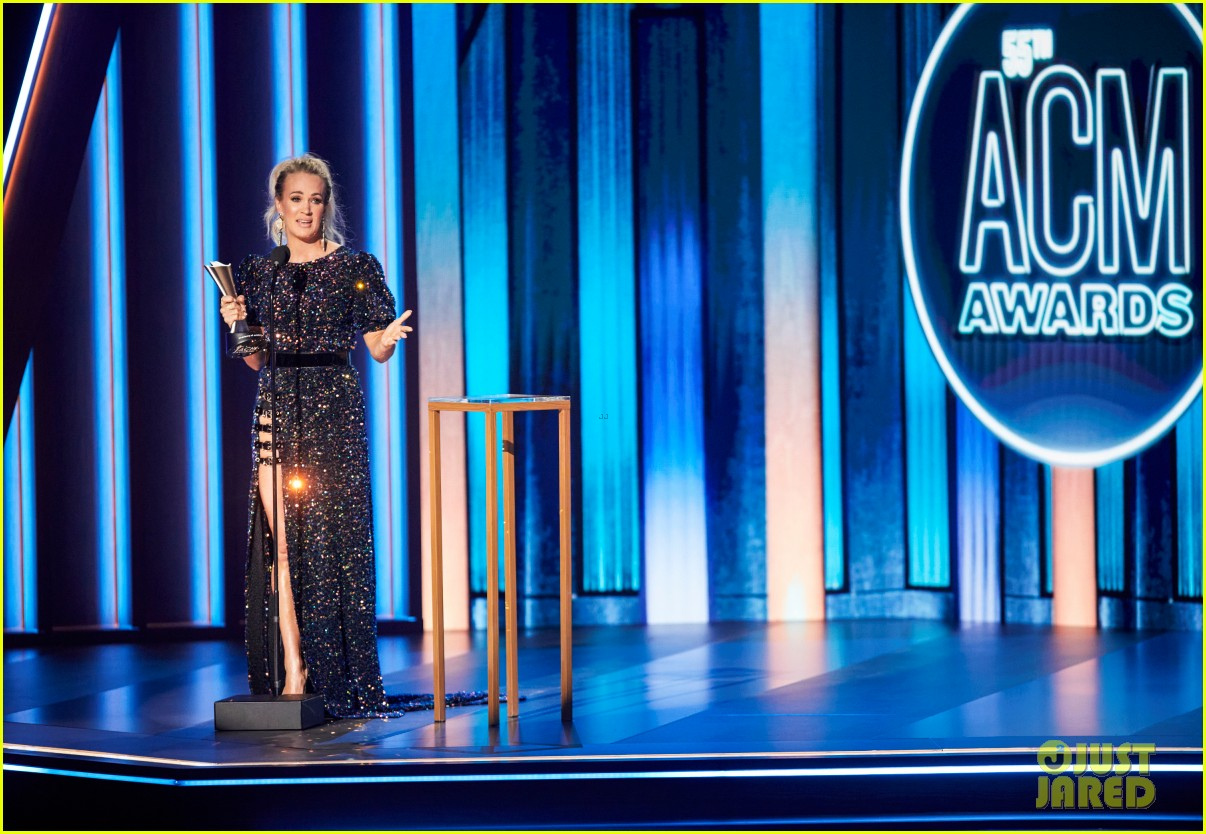 carrie underwood thomas rhett win at acm awards 2020 084483922