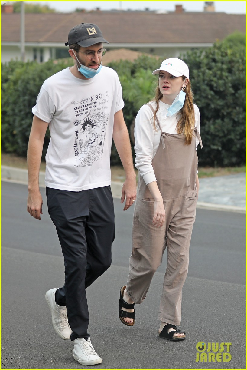 Emma Stone Steps Out With Dave Mccary Amid Marriage Rumors Photo 4486167 Dave Mccary Emma Stone Pictures Just Jared