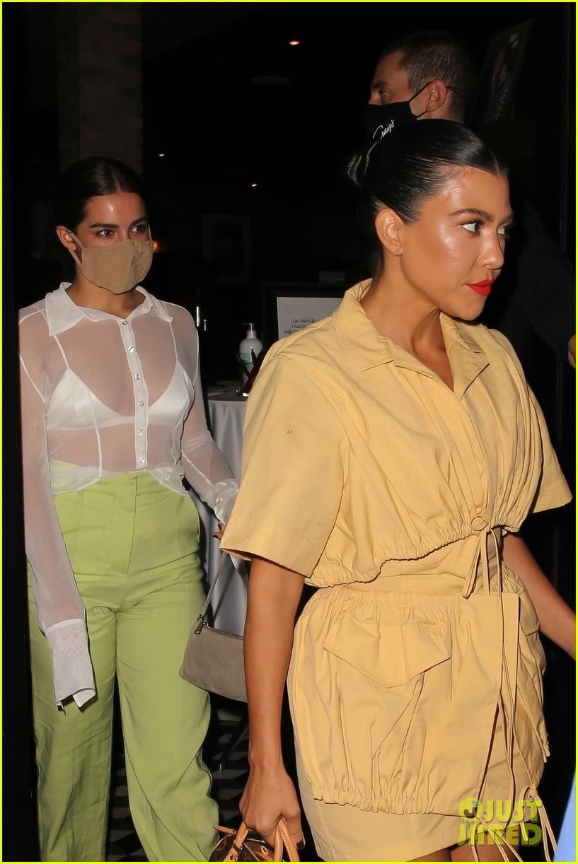 kourtney kardashian addison rae are fashionable friend at craigs dinner 014483770