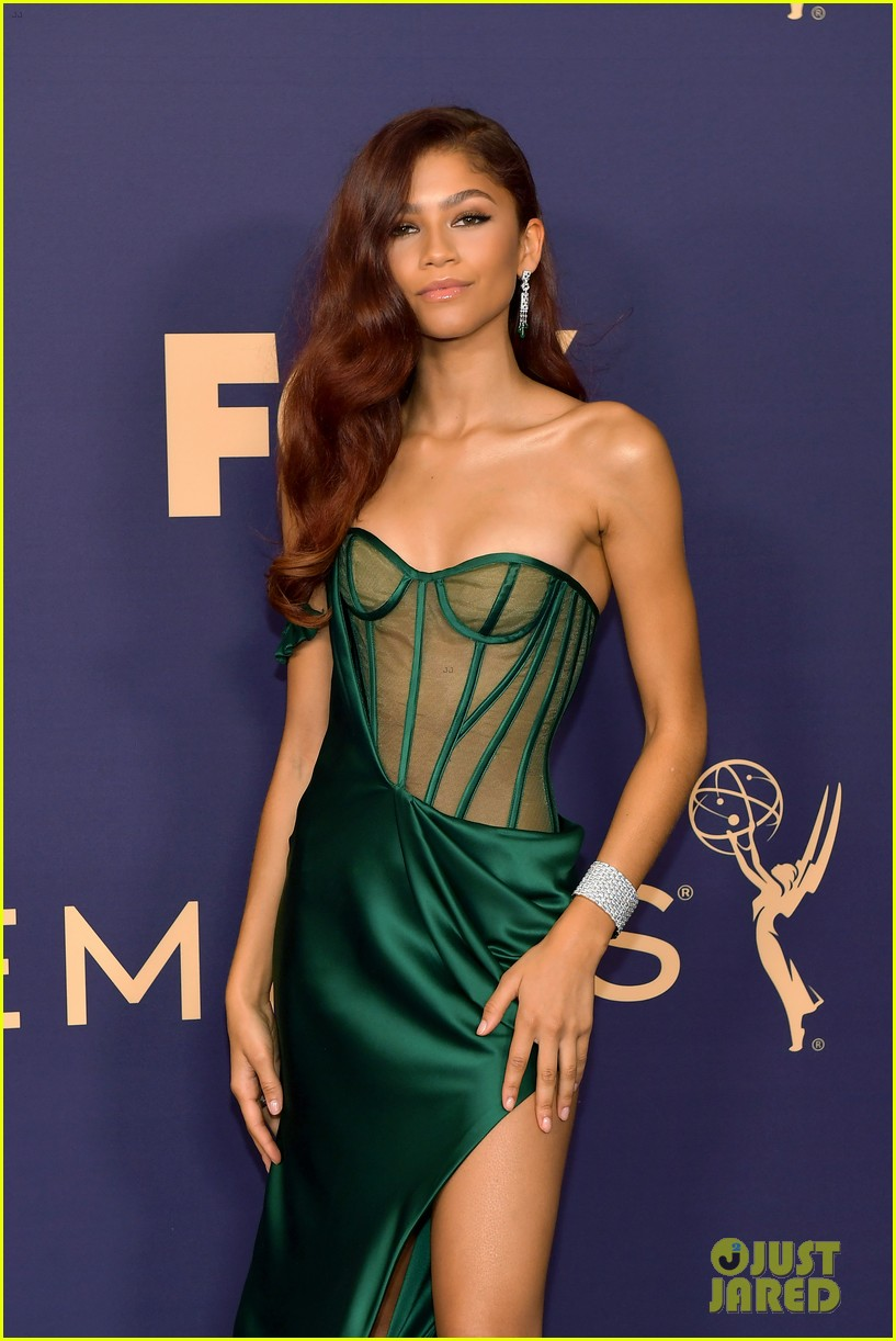 Emmys Fashion: Look Back at Zendaya's Incredible Red ...