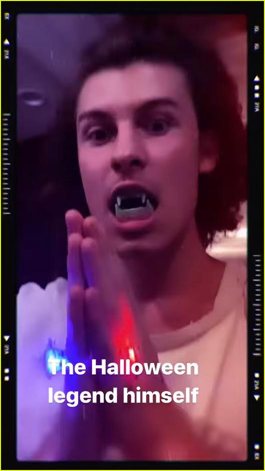shawn mendes camila cabello kiss halloween costumes 044496869