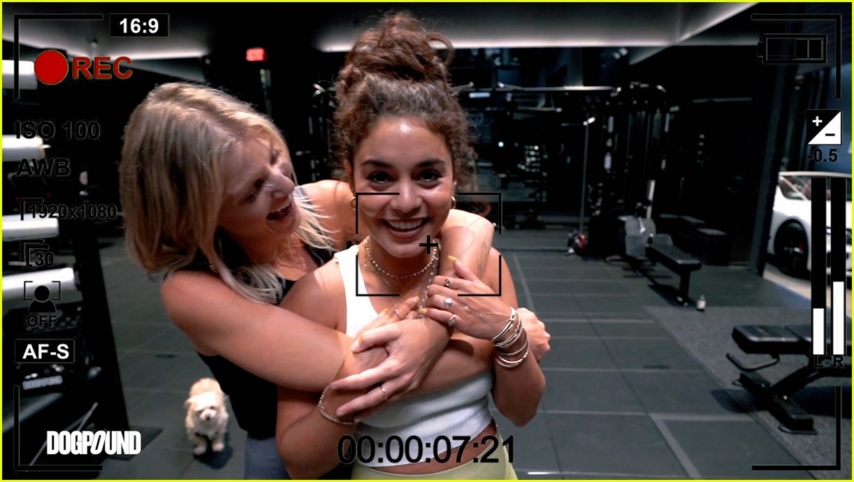 vanessa hudgens gg magree take fans into the dogpound 014493698