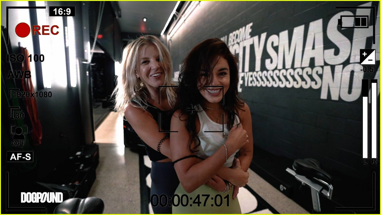 vanessa hudgens gg magree take fans into the dogpound 104493707