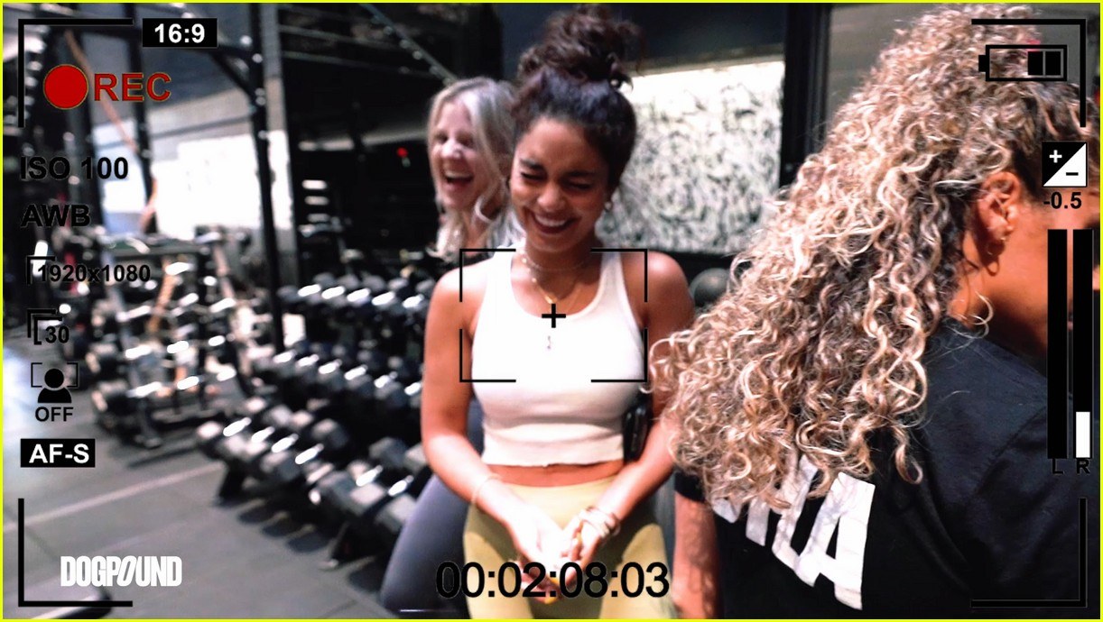 vanessa hudgens gg magree take fans into the dogpound 194493716