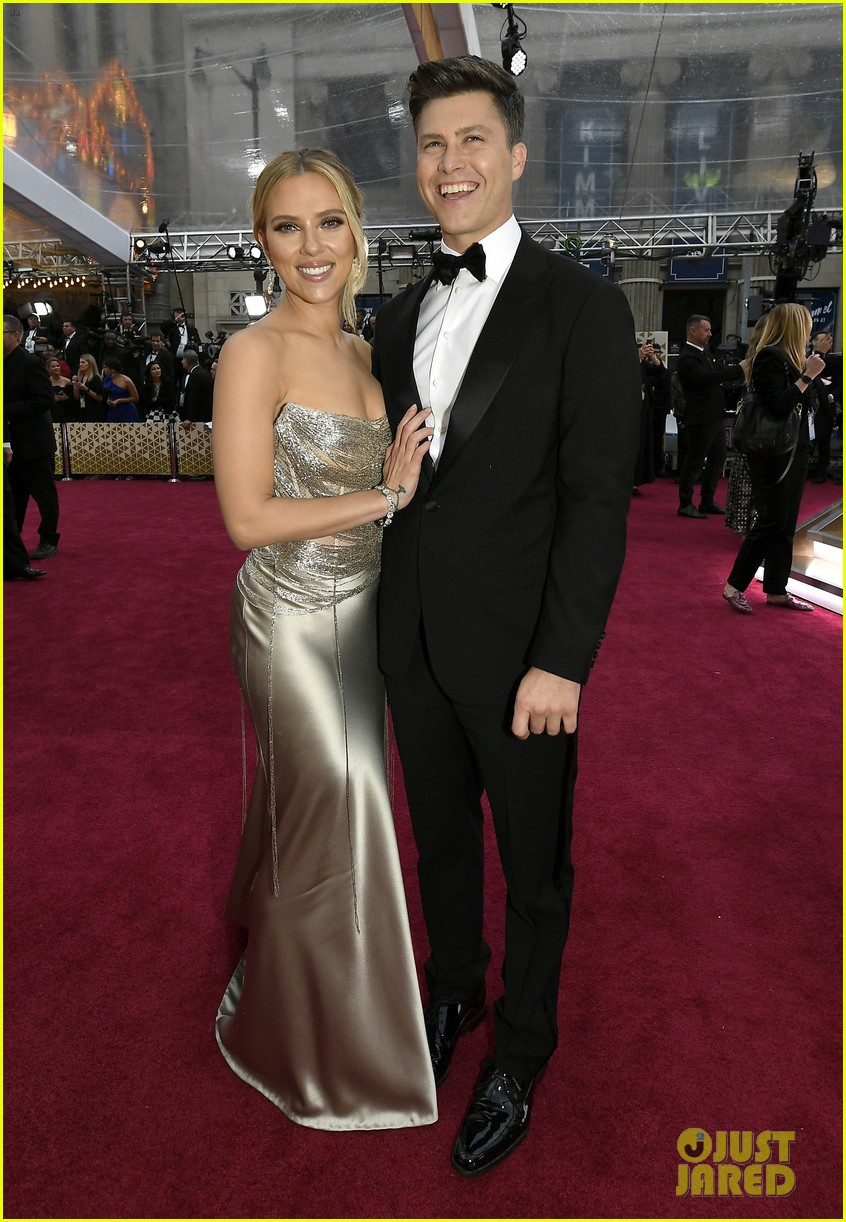 scarlett johansson colin jost married 024496224