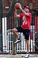 liev schreiber basketball skills 01