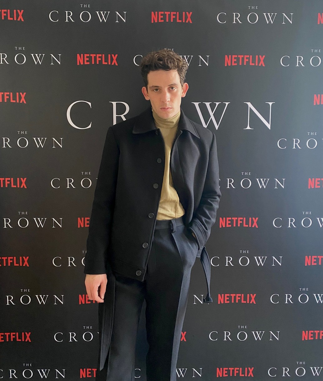 crown cast took own premiere pics at home lockdown 044500054