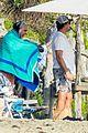 leonardo dicaprio at beach with emile hirsch 64