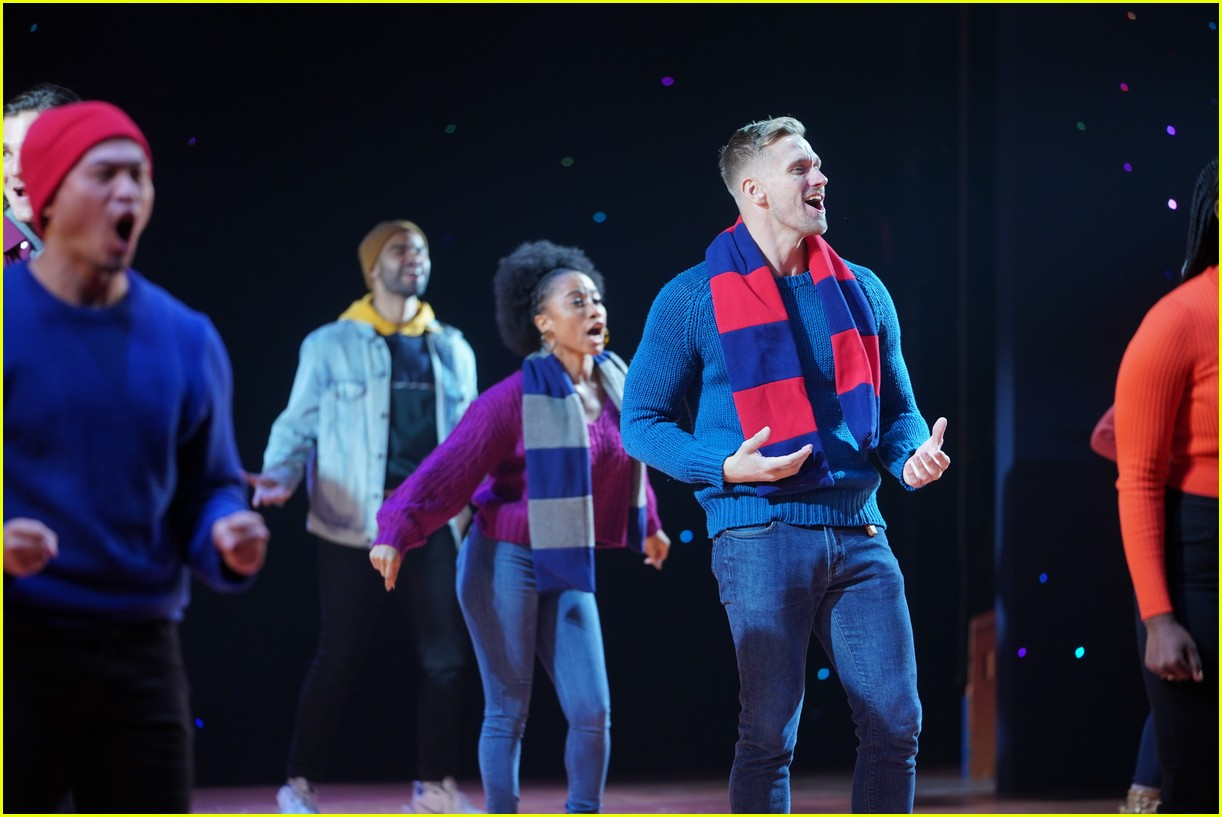 ABC's Disney Holiday Singalong 2020 - Performers, Celeb Guests & Song List Released!: Photo ...