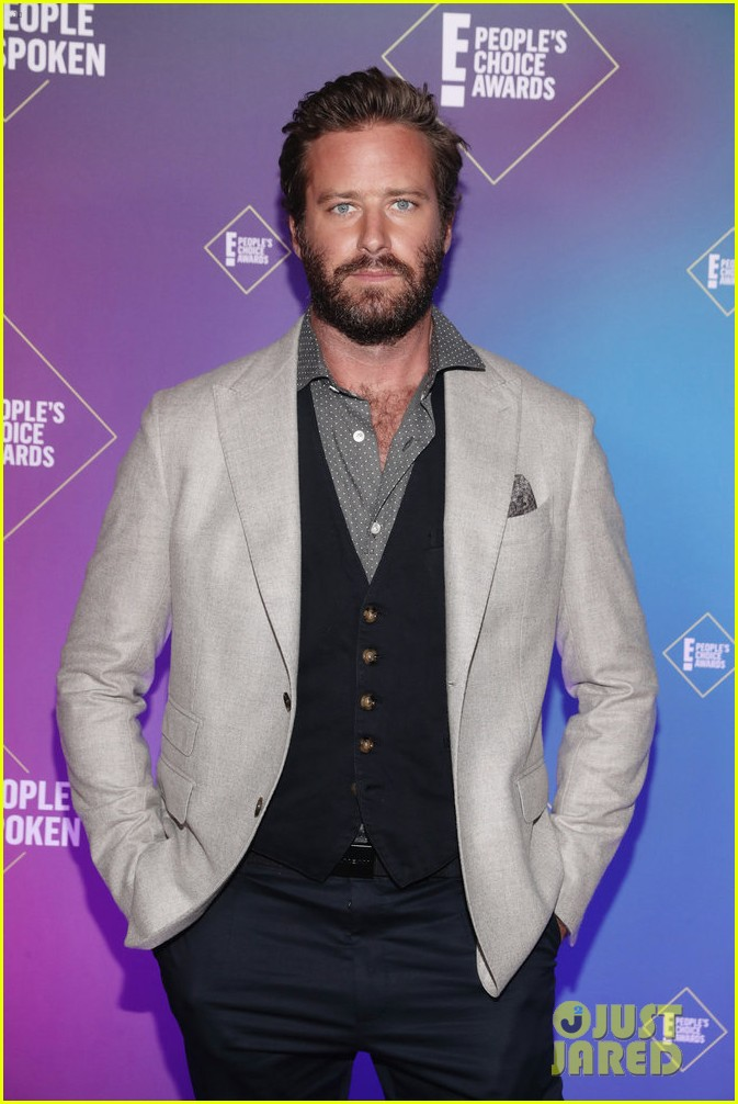armie hammer alison brie peoples choice awards 2020 234501104