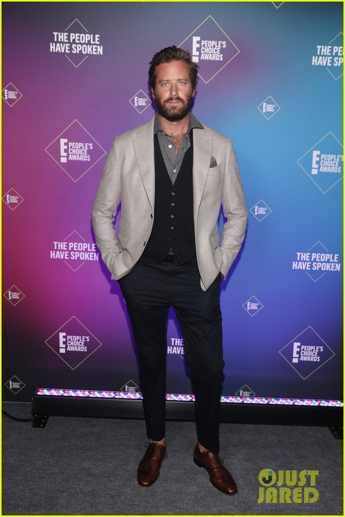 armie hammer alison brie peoples choice awards 2020 244501105
