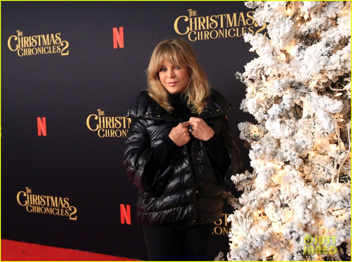 goldie hawn birthday kurt russell christmas chronicles 2 screening 114501986